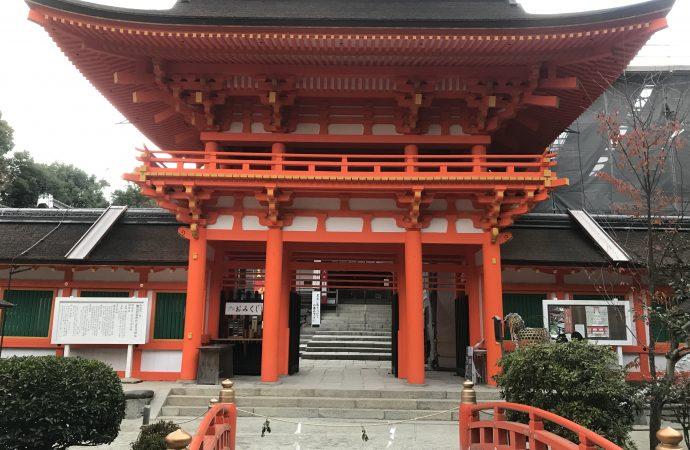 上賀茂神社のアクセスと駐車場を紹介します。